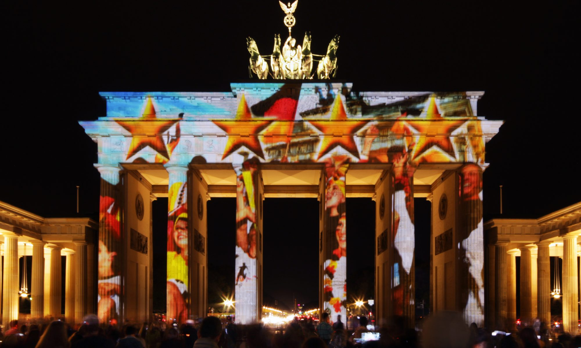 Brandenburger Tor ◆ Colors of Joy ◆ powered by Zander & Partner