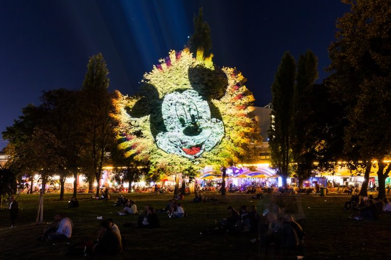 Mickey Mouse wird 90 ◆ präsentiert von Disney