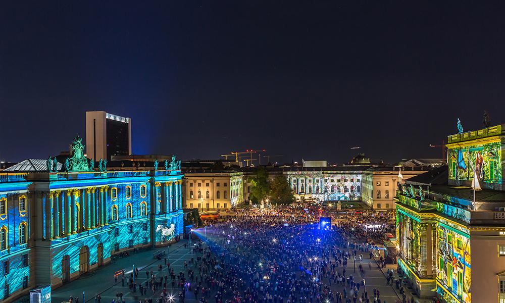 Bebelplatz: Opera et Luce