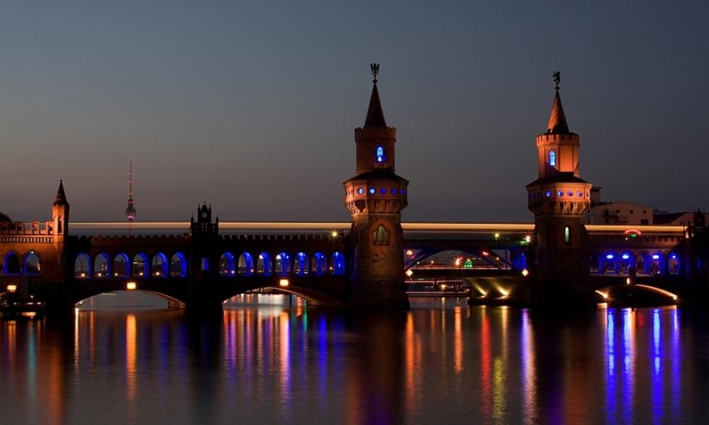 Oberbaumbrücke by BASF